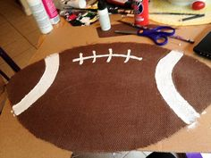 Tailgate Tuesday: Burlap Football Tutorial | Jessi makes Things