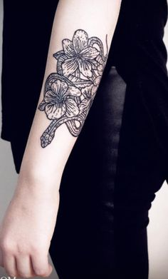 1687a7f2188ad 108 Best Flower and Snake Tattoo images in 2018 | Cobra tattoo ...