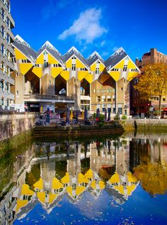 cidades para conhecer na Holanda Travel Around The World, Around The Worlds, Famous Places, Beautiful Places In The World, Delft, Rotterdam, Denmark, Places To Travel, Netherlands
