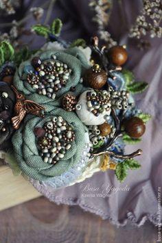 """Брошь """"Колибри"""" - зеленый,коричневый,зелено-коричневый,сад,брошь ручной работы:"""