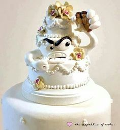 Aww, this one is actually kind of cute! | 24 Hilarious Divorce Cakes That Are Even Better Than Wedding Cakes