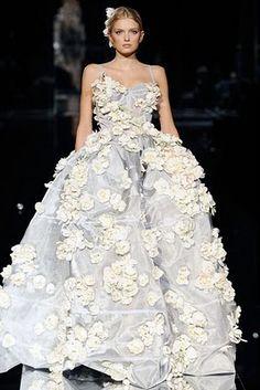 Todo Bodas y Novias: Vestidos de novia extravagantes.