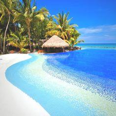 Passion For Luxury : Kuramathi Island in the Indian Ocean
