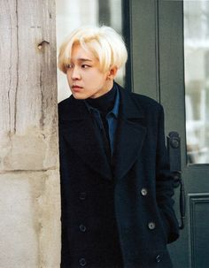 Nam Taehyun, my bias from Winner, has left the group. I hope his health problems go away so he may get better <3