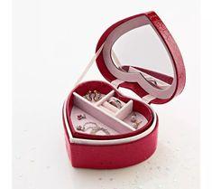 Šperkovnice ve tvaru srdce   blancheporte.cz #blancheporteCZ #blancheporte_cz #vanoce #darky #prozeny #moda #vanoce Baby Shoes, Bracelets, Personalized Items, Shopping, Dimensions, Ranger, Composition, Products, Red Hearts