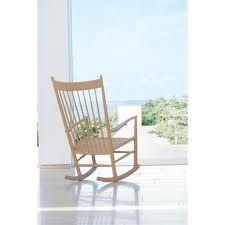 Hans Wegner Rocker---love Hans Wegner chairs of all shapes. Danish Modern Furniture, Scandinavian Furniture, Living Furniture, Classic Furniture, Furniture Design, Wooden Furniture, Warehouse Design, Hans Wegner, Danish Design