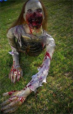 | CREEPY CRAWLING TORSO ZOMBIE Halloween Prop