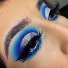 Eye Makeup Designs, Eye Makeup Art, Blue Eye Makeup, Makeup Ideas, Disney Eye Makeup, Eyeshadow Designs, Eyeshadow Ideas, Fun Makeup, Eyebrow Makeup