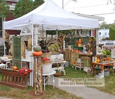 ChiPPy! - SHaBBy! Booth Nellie's Barn Sale Vintage Extravaganza Roscoe, IL  Oct. 2015