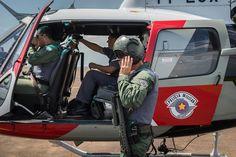 PM divulga resultado de operação em Botucatu - A Polícia Militar divulgou o resultado da operação integrada realizada nesta quarta-feira em Botucatu. A operação contou com a participação da Polícia Civil, Guarda Municipal, Polícia Ambiental, apoio de PMs de Avaré, Cavalaria e do helicóptero Águia de Sorocaba. A Operação contou com mais de 50 P - http://acontecebotucatu.com.br/policia/pm-divulga-resultado-de-operacao-em-botucatu/