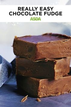 Our really easy chocolate fudge recipe is ideal if you want to get crafty this Christmas and make or bake your own edible gifts for friends and family to enjoy. Christmas Treats, Christmas Baking, Easy Chocolate Fudge, Square Cakes, Edible Gifts, Cake Tins, Fudge Recipes, Asda, Something Sweet