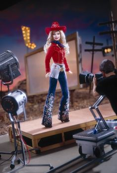 2002 Western Chic™ Barbie® Doll | Barbie Collector, Release Date: 5/1/2002 Product Code: 55487, $39,98 Orginal Price