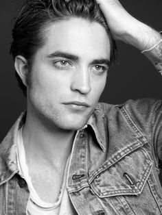 Here are some gorgeous outtakes of Robert Pattinson from his photo shoot for AnOther Man magazine in Photos are in HQ, some are new, some we've seen. Robert Pattinson, Beautiful Men, Beautiful People, Pretty People, Robert Douglas, Eric Bana, Edward Cullen, Another Man, Man Photo