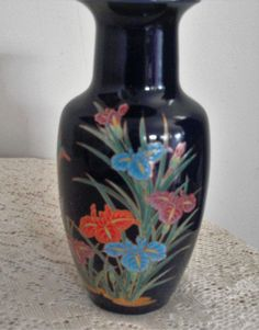 Black and gold asian style vase
