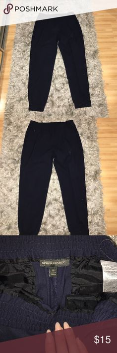 Navy blue pants 👖 Navy Blue size 12 trouser pants from banana republic. In great condition and serve as a great pair of work pants. Previously owned by my sister who only wore them a couple of times. Offers welcomed and encouraged! Banana Republic Pants Trousers