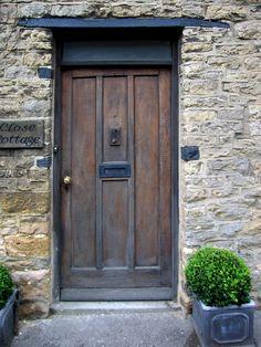 https://flic.kr/p/4M1esE | Cotswolds old English Door