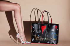 Christian Louboutin Women's Shoes and Leather Goods : Discover the latest Women's Shoes and Leather Goods collection available at Christian Louboutin Online Boutique. Magic Shoes, Louboutin Online, Christian Louboutin Women, Bags 2018, Chic, Online Boutiques, Fashion Bags, Designer Shoes, Chelsea Boots