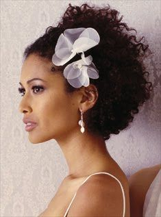 African American Wedding Hairstyles & Hairdos: Natural Curly Style   Keywords: #weddinghairstyles #jevelweddingplanning Follow Us: www.jevelweddingplanning.com  www.facebook.com/jevelweddingplanning/