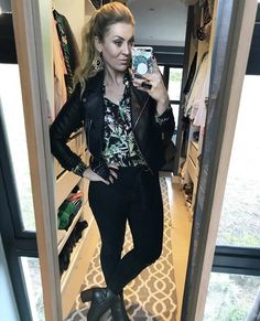 Post Pregnancy Clothes, Pre Pregnancy, Pregnancy Outfits, Personal Style, Leather Jacket, Formal, Jeans, Board, Casual
