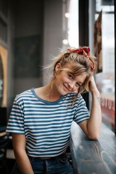 hippie style 207095282849253524 - stripes Source by lowstoluxe Look Fashion, Fashion Beauty, Simple Fashion Style, Fashion Mode, Trendy Mood, Modern Hippie Style, Hippie Style Hair, Bandana Hairstyles, School Hairstyles