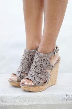56 Best Shoes images   Shoe boots, Beautiful shoes, Shoes sandals cf2f288a7771