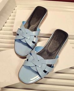 2017 New Arrival Beach Holiday Patent Leather Flip Flops High Quality Flat  Slippers Dress Shoes Women a09925085171