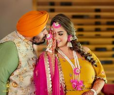 We Can't Stop Admiring this Plus-size Bride's Inspirational Wedding Looks! Wedding Girl, Sikh Wedding, Wedding Looks, Wedding Suits, Destination Wedding, Punjabi Wedding Suit, Punjabi Bride, Romantic Couple Poses, Couple Posing