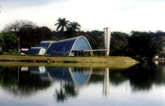 No site discutindo arquitetura foi encontradas características do modernismo,que é o estilo que Juscelino foi inspirado