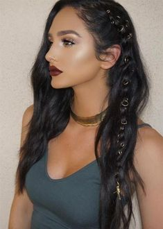 Pretty Holiday Hairstyles Ideas: Piercing Embellished Braided Boho Hair hair piercing festival style # Braids boho makeup 51 Pretty Holiday Hairstyles For Every Christmas Outfit Bohemian Hairstyles, African Hairstyles, 1950s Hairstyles, Bohemian Hair Braid, Boho Hair Short, Boho Hairstyles For Long Hair, Tree Braids Hairstyles, Edgy Hairstyles, Cute Braided Hairstyles