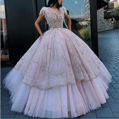 Pinterest: SueThoughts Prom Party Dresses, Quinceanera Dresses, Evening Dresses, Wedding Dresses, Dresser, Party Queen, Queen Dress, Beautiful Gowns, Dream Dress