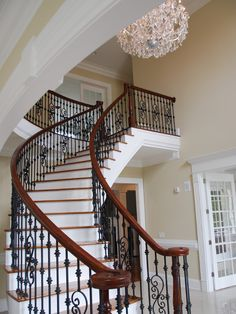 Traditional Staircase Design Ideas, Pictures, Remodel and Decor Iron Staircase, Wrought Iron Stairs, Staircase Railings, Wooden Staircases, Staircase Design, Banisters, Wood Balusters, Iron Railings, Stair Design