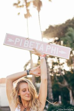 The cutest decor for your dorm room or your living room! Don't miss out on these awesome customized Pi Phi vintage signs! Sorority Canvas, Sorority Paddles, Sorority Crafts, Sorority Life, Sorority Recruitment, Sorority Shirts, Tee Shirts, Delta Phi Epsilon, Gamma Phi Beta