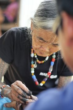 Get a tattoo from the last tattoo artist of Kalinga #Philippines