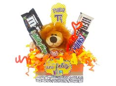 Navidad Diy, Candy Bouquet, Party Centerpieces, Ideas Para, Diy Gifts, Fathers Day, Catering, Christmas Diy, Lily