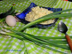 Moje Małe Czarowanie: Pasta z jajek i ogórka zielonego