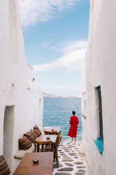 #GREECE #TRAVEL GUIDE: THE SECRETS OF #MYKONOS & #SANTORINI