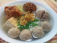 Indonesia bakso (meatball) soup recipe