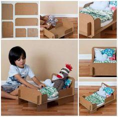 Un lit pour peluche. 17 Idées de jouets en carton à fabriquer soi-même.
