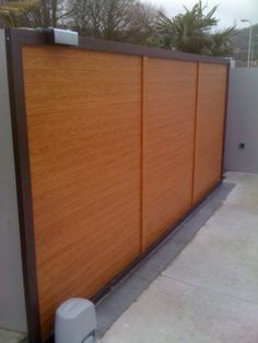 Here's the sliding gate from the reverse showing the sliding gate motor.