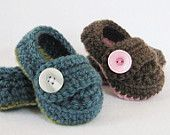 CROCHET PATTERN Baby Button Boots (4 sizes included: newborn-24 months) Permission to sell finished items. $4.99, via Etsy.