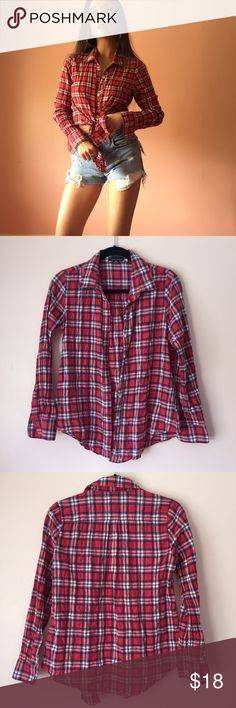 Forever 21 Plaid Button Up Get ready for all the BBQs in this easy plaid button up by Forever 21. Features a collar, long cuffed sleeves, button down closures, fitted body in thin crinkled red plaid. Wear tied at the waist with denim. Fits small. Marked size medium. No returns allowed. Please ask all questions before buying. IG: [at] jacqueline.pak #forever21 Forever 21 Tops Button Down Shirts