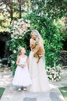 This Might Just Be the Cutest Funniest Sweetest Proposal Story We've Heard Yet! This Might Just Be the Cutest Funniest Sweetest Proposal Story We've Heard Yet! Dog Wedding, Wedding Art, Wedding Beauty, Summer Wedding, Wedding Styles, Rustic Wedding, Garden Wedding, Wedding Ideas, Bridal Beauty
