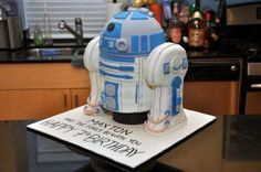 Life size R2D2 cake. Impressive!