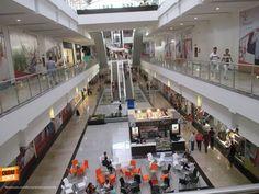 Qué tanto conoces Bucaramanga y su área metropolitana ? Dinos en qué Centro Comercial se tomó esta foto... Gracias Miguel Angel Suarez (http://on.fb.me/1viMsM2) por compartirla. #conocebucaramanga
