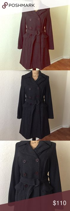 ELEGANT BLACK GRAY LUX MARCELLE RENEE TRENCH COAT Barely worn LOVELY TRENCH BLACK COAT INSPIRED THE LENGTH OF PRINCESS KATE MIDDLETON COATS VERY ELEGANT & CHIC two front chest pockets & front hips will be cute with a pair of LONG HIGH BOOTS OR HEELS...feel like kate💕❤️ Lux Jackets & Coats