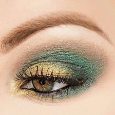Regram  from @stevie.cakes  Snake Eyes | | Ardell Lashes  #Eotd look  from @madame_madeline_lashes  Follow @stevie.cakes Follow @madamemadelinelashes  _______________________________________________ The more green eyeshadow I use the less green my eyes look. #thingsthatmakeyougohmmm  _________________________________________________ #universodamaquiagem_oficial #urbandecay #mua #motd #makeupoftheday #cakefacesociety #mua_underdogs #wakeupandmakeup #mac #maccosmetics #makeupaddict #addict…