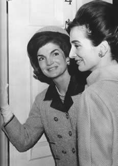 Lee Radziwill is depicted as the fashionable younger sister of Jacqueline Kennedy Onassis. Certainly not as famous as her legen-wait for it!-dary sister, Lee holds her own as a chic, pretty icon of…
