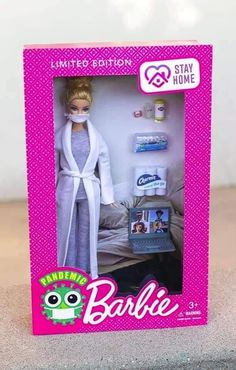 Sick and Tired Of The Panic? Here Are Some Hilarious Corona Virus Memes To Try And Brighten Your Day! – Post 17 – Ronin's Grips Humor Barbie, Barbie Funny, Bad Barbie, Barbie Dolls, Barbie Life, Barbie Van, Funny Relatable Memes, Funny Jokes, True Memes