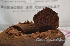 Casa, Coisas e Sabores: Bolo de chocolate beeem chocolástico