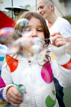 Bubbles! #bubble #kids #girl #menina #bolhas